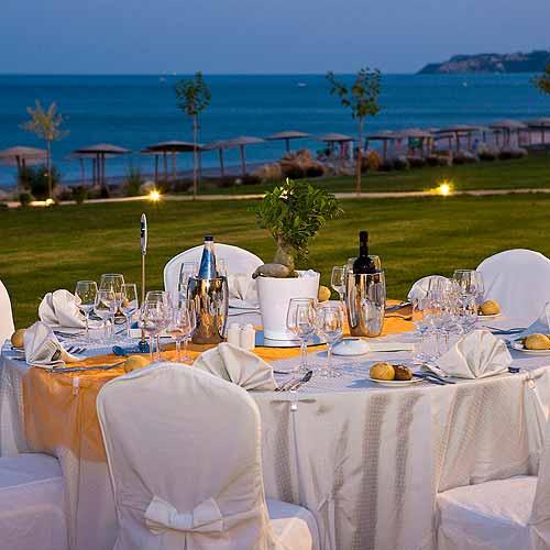 Outdoor_Banquet_Elysium_RHODES_4features