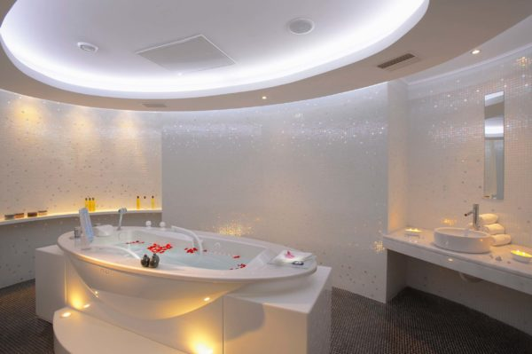 Serenity Spa Hydro Therapy Room