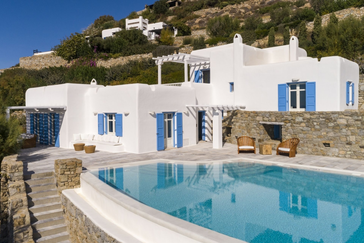 mykonos luxury villas seafront
