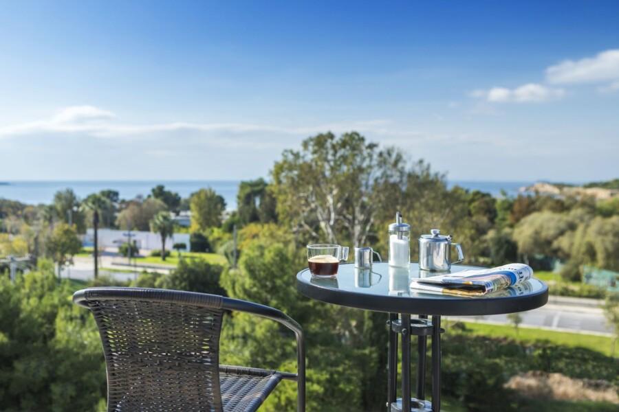 Coffee on Balcony Hotel Minavra