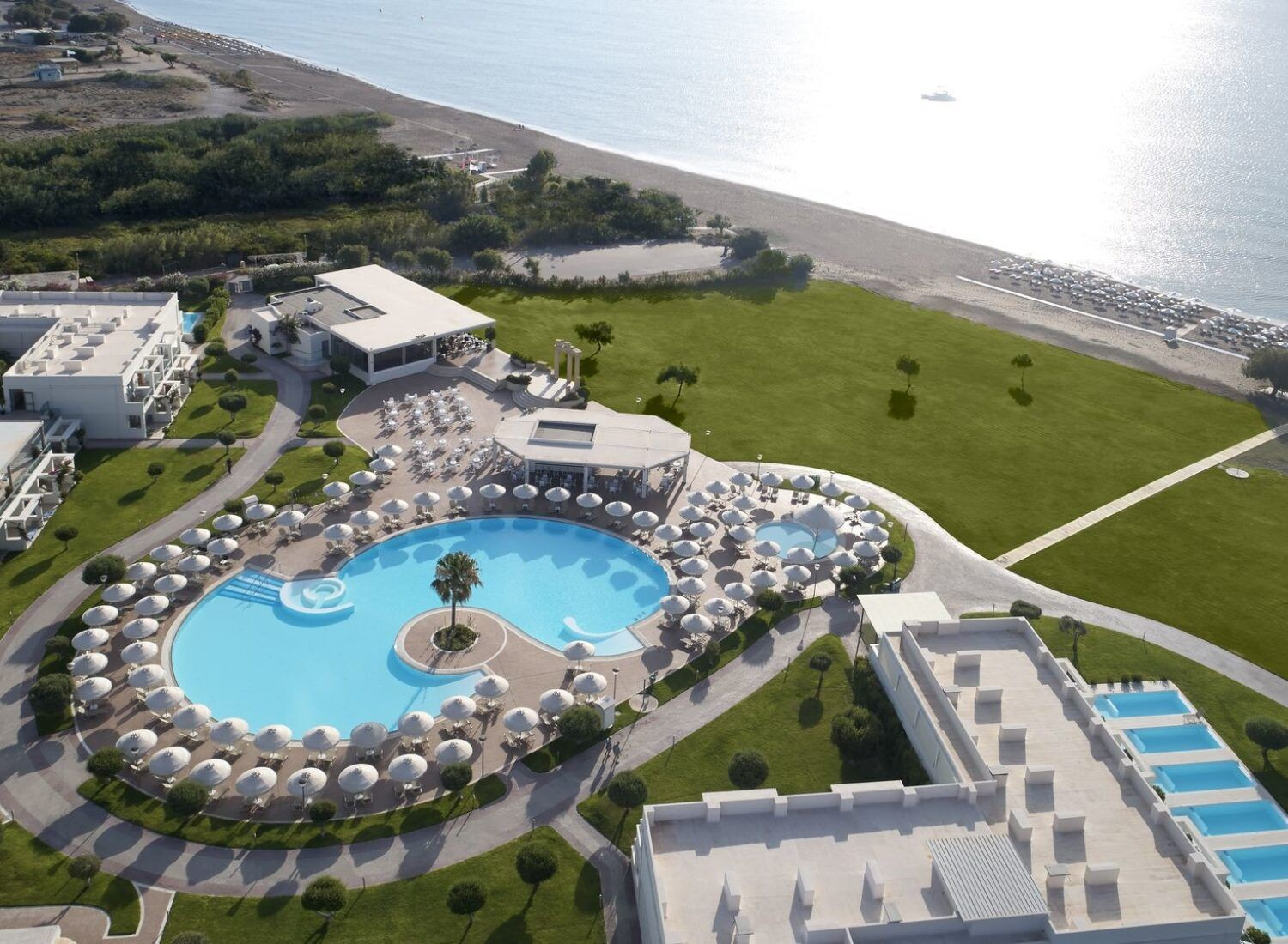 Apollo Blue Hotel, a beachfront 5 star hotel in Rhodes