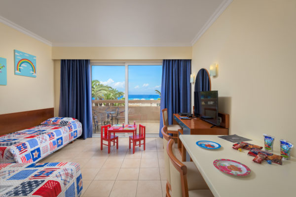 Kids Suite Sea View